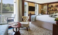 Queen Isabel Suite Stateroom