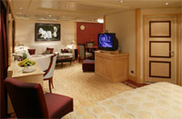 Queen Mary 2 Suite Stateroom