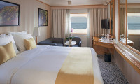 Silver Discoverer Suite Stateroom