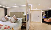 Amamora Suite Stateroom