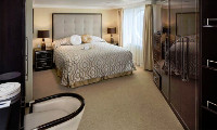 Sirena Suite Stateroom