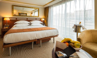 Amadolce Suite Stateroom