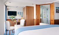 River Royale Suite Stateroom
