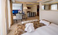 Amabella Suite Stateroom