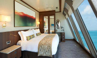 Norwegian Dawn Suite Stateroom
